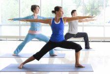 Yoga para combatir el estrés y encontrar serenidad