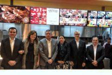 Pollo Brujo hechiza a Utatlán, zona 11 aperturando su décimo restaurante independiente en Guatemala